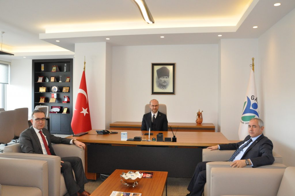 Gaziantep Vergi Dairesi Başkanı Sn. Halil Tekin ve Gaziantep SGK İl Müdürü Sn. Mehmet Uzun GAGİAD Dernek Merkezimize ziyarette bulundular