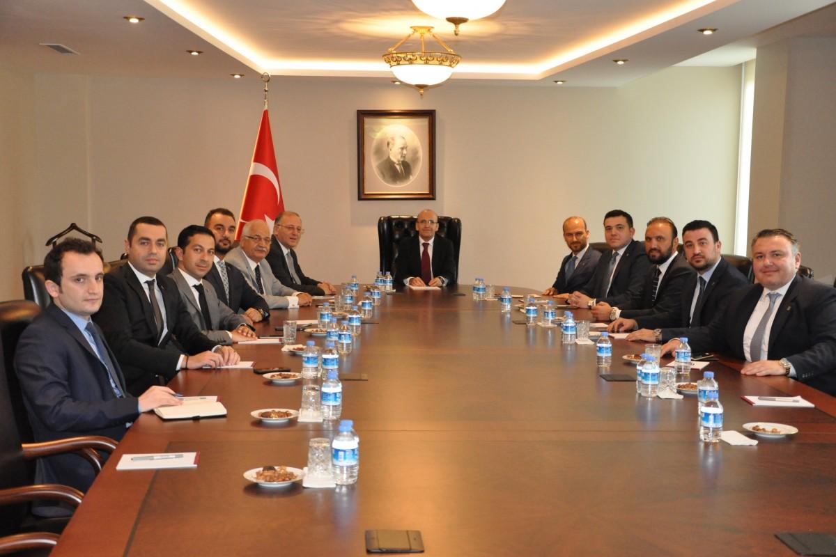 """MECLİS'TE UYUM, BİRLİK VE BERABERLİK HAKİM"""